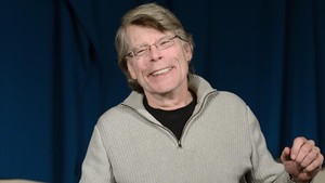 lainz24189778 stephen king poses for photographers as he arrives for a pre180213154113