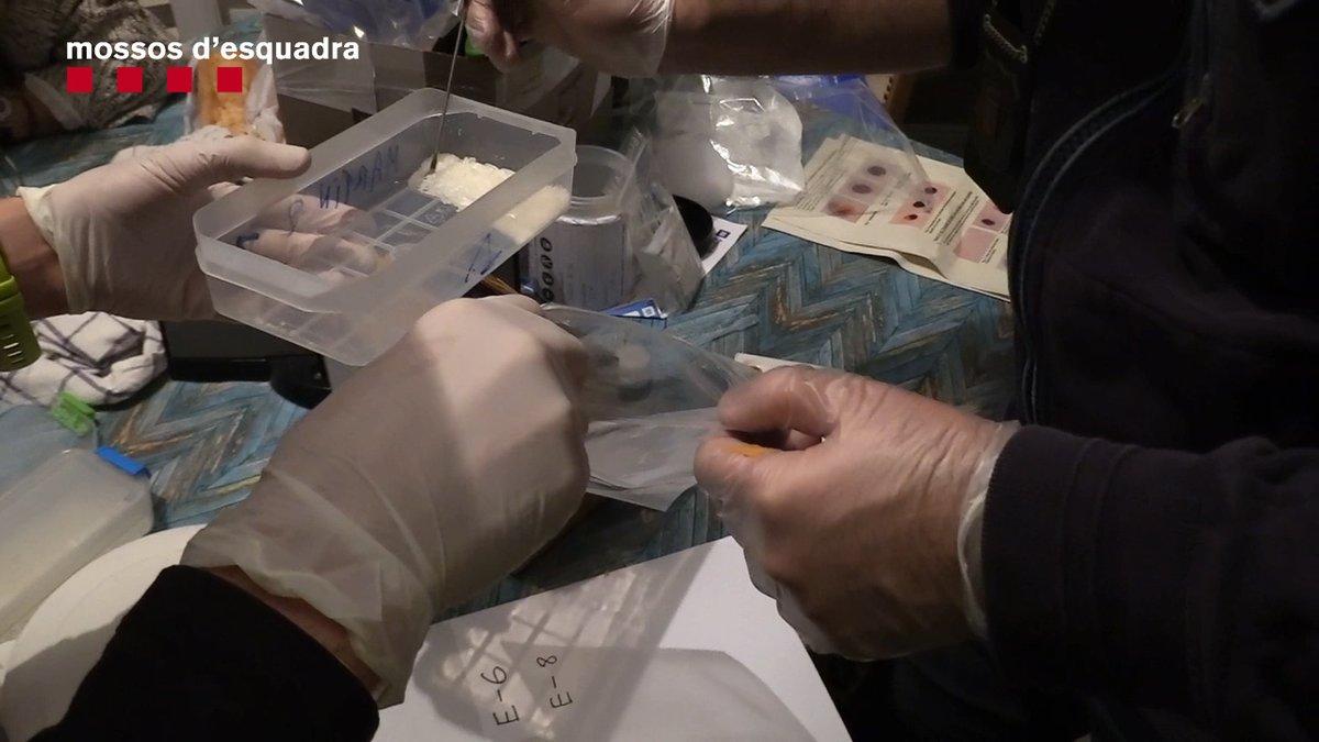 Cau una banda que repartia drogues sintètiques en patinet elèctric per Barcelona