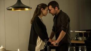 Pablo Derqui y Leonor Watling, protagonistas de la serie de Antena 3 Pulsaciones.