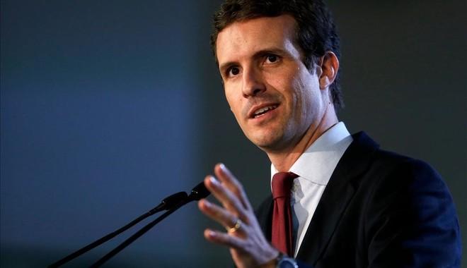 Casado en la Barceloneta: Incorporaré al Código Penal los delitos desedición impropia y la convocatoria ilegal de referéndums.