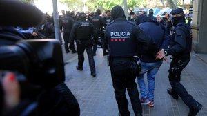 Detención de los Mossos dEsquadra.