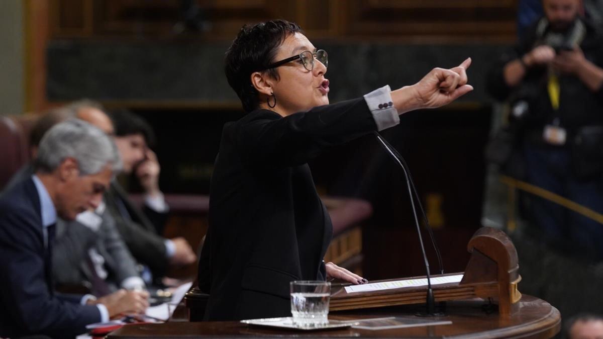 La diputada de ERC Montserrat Bassa, el martes, durante su intervención en la sesión de investidura.
