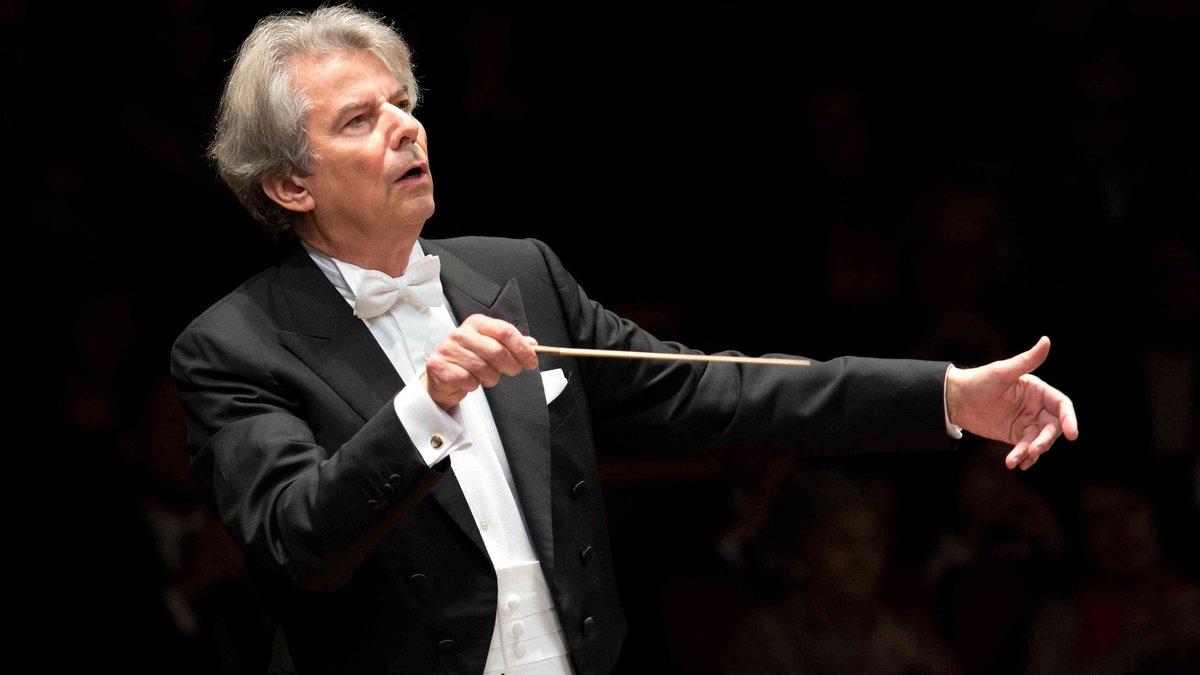 El director de orquesta Hartmut Haenchen