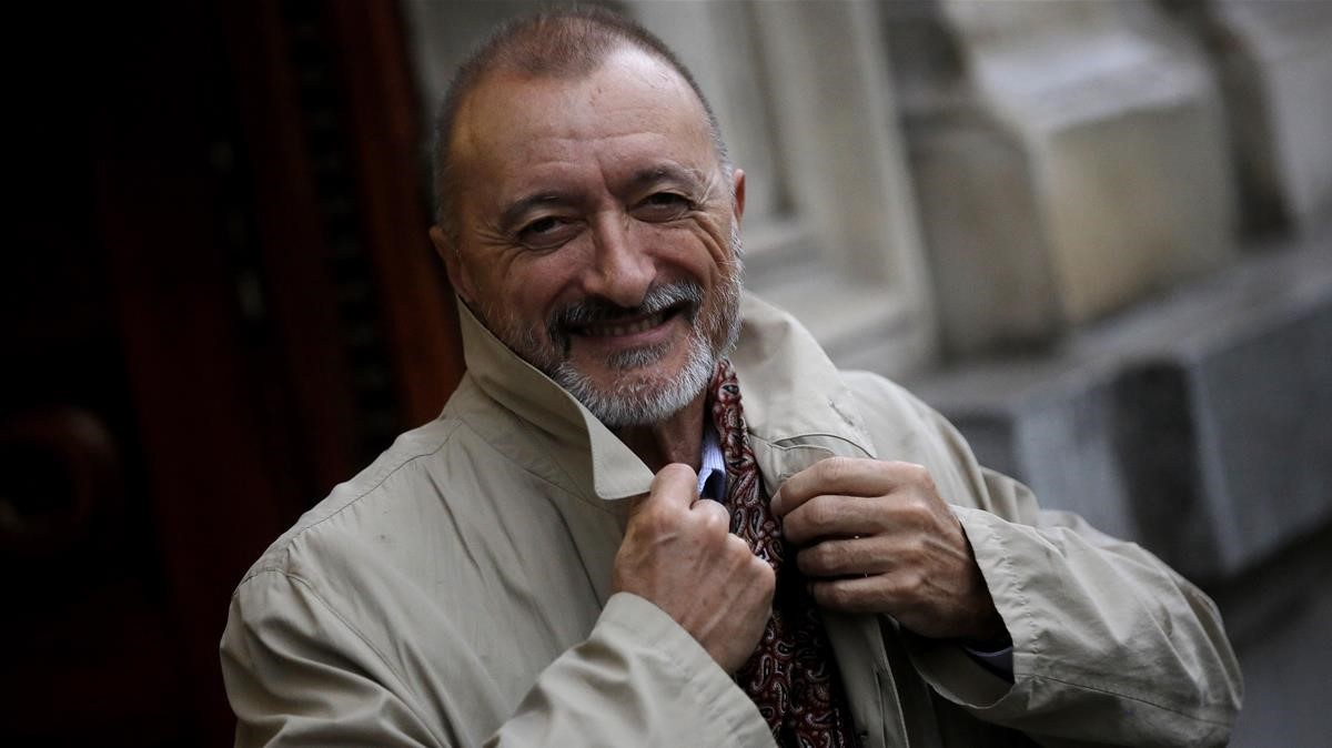 El escritor Arturo Pérez Reverte.