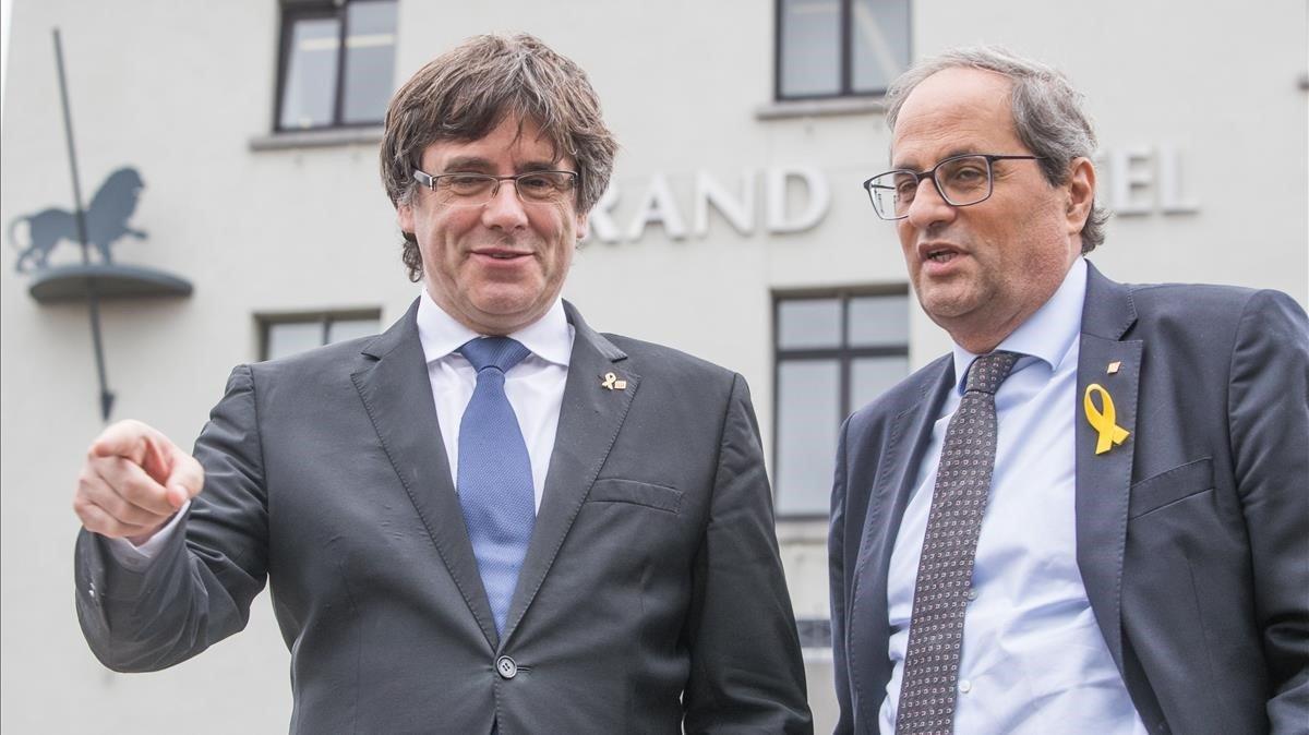 El expresidente de la Generalitat Carles Puigdemont y el president, Quim Torra, el pasado agosto, en Waterloo.