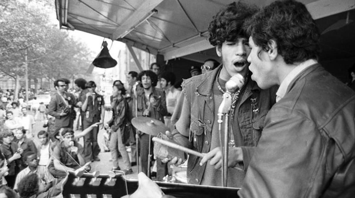 Los Ghetto Brothers, con Benjamin Meléndez (segundo por la derecha).