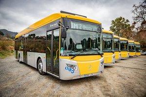 L'AMB presenta sis nous autobusos híbrids per als serveis de JustMetro i Esplubús