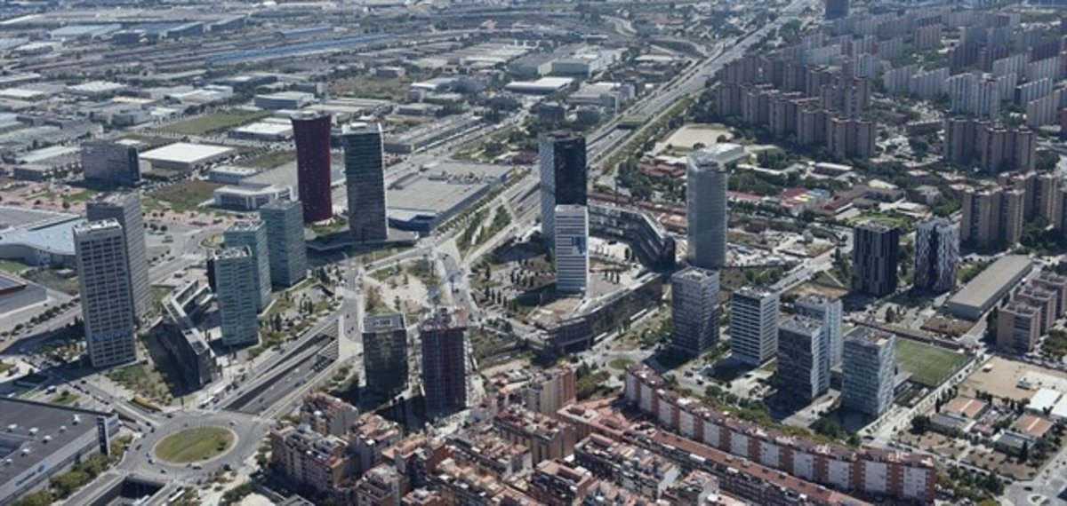 Imagen aérea de la Plaza Europa de LHospitalet