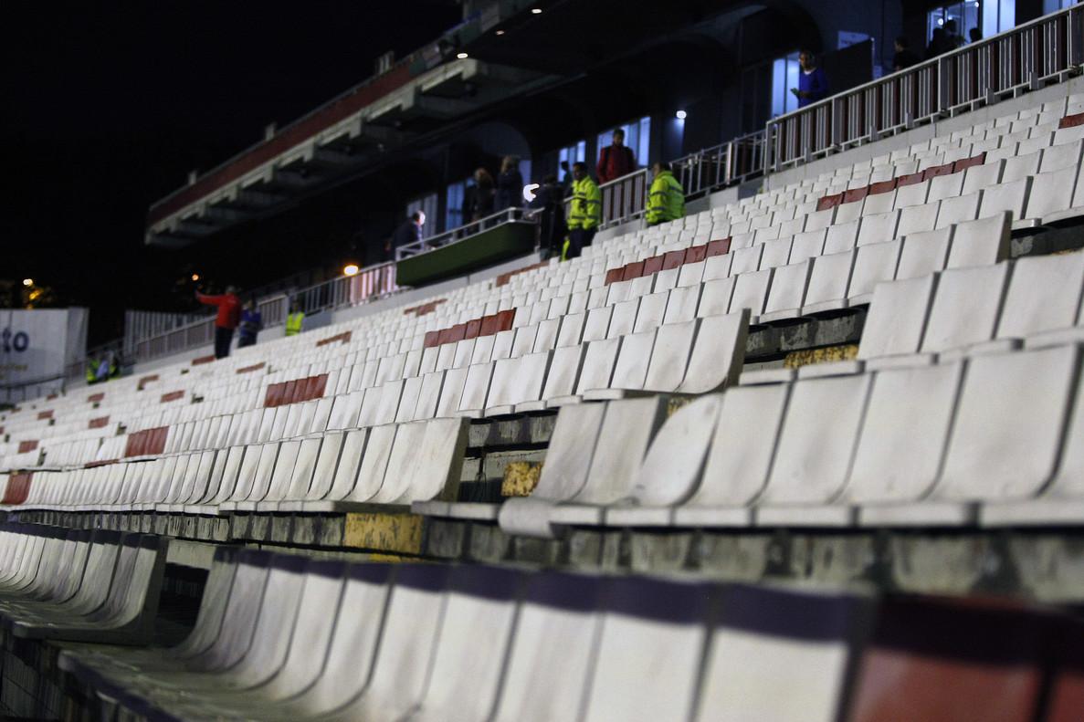 Interior del Estadio de Vallecas.