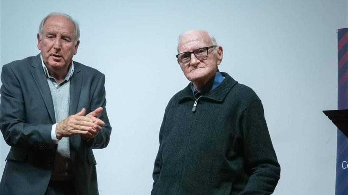 Juan Bautista Llopis, junto a Rexach, en un acto reciente de homenaje.