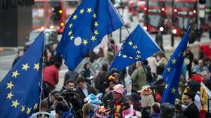 Manifestantes contrarios al brexit cerca de Downing Street, en Londres, el 29 de marzo.