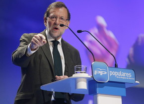 El presidente del Gobierno, Mariano Rajoy, durante su intervención en la clausura de la Convención del Partido Popular de la Región de Murcia.