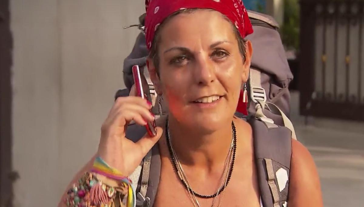 Al utilizar el teléfono rojo, Pepe recordó a Sonia los votos constantes que había recibido por parte de ella y de su hija a lo largo del concurso. Apelando a ¿la justicia y la equidad¿, el aristócrata congeló durante 20 minutos en la carrera a sus contrincantes, a lo que Sonia contestó con un ¿muchísimas gracias¿. ¿No me tienes que dar las gracias porque te he hecho una faena, así que si son irónicas no tienes por qué hacerlo¿, respondió Pepe, agravando la mala relación.