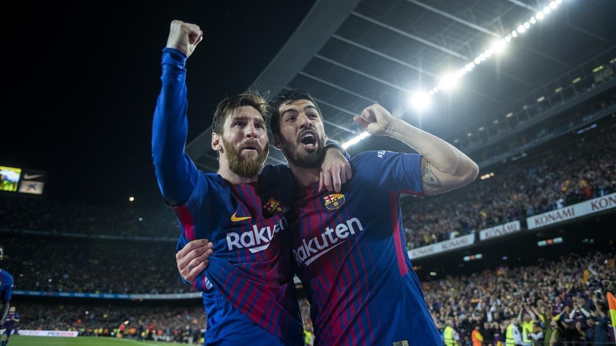 Messi y Suárez celebran el segundo gol del Barça.