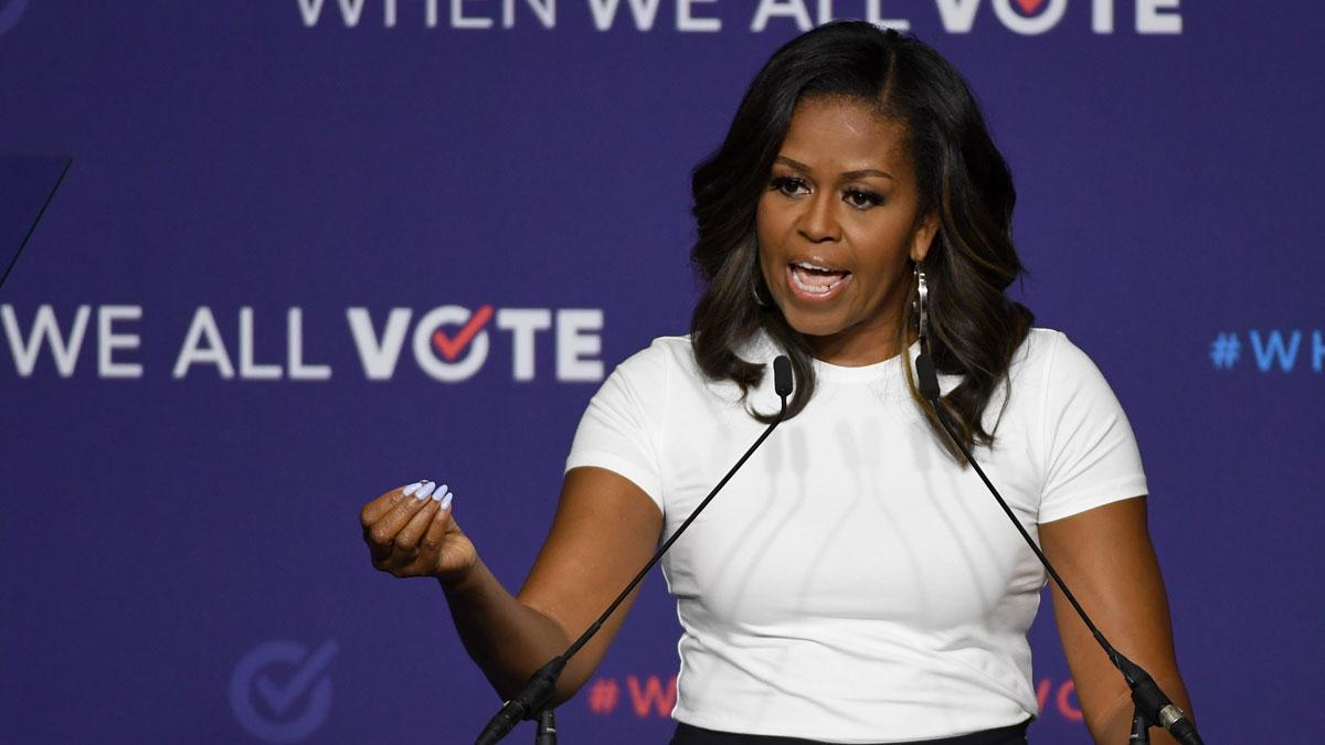 La exprimera dama no se ha posicionado por ningún candidato demócrata, pero afirma que nuestro voto importa.