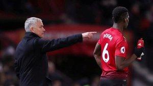 Mourinho con Paul Pogba, el fichaje más caro del United.