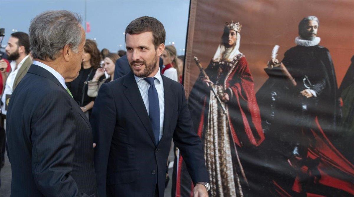 Casado reclama «poder anar per Barcelona sense que t'apunyalin pel carrer»