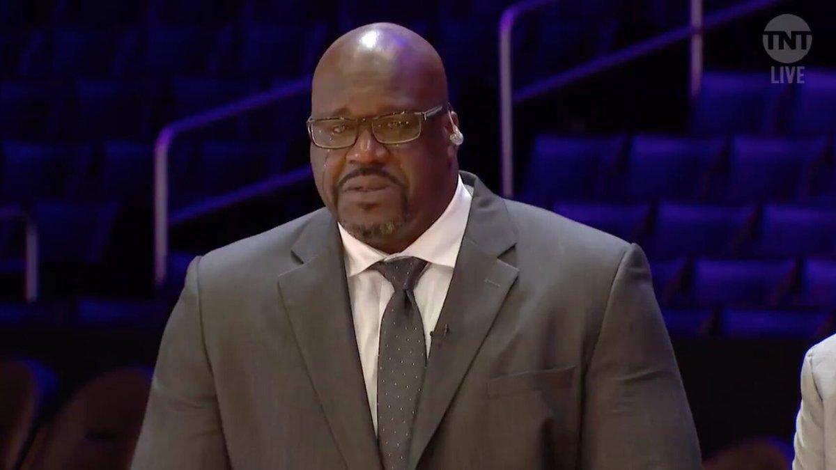 Shaquille O'Neal hablando en televisión sobre Kobe Bryant.