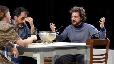 Una ración de 'Sopa de pollastre amb ordi' en la Biblioteca de Catalunya