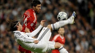 Madrid-Liverpool: hombres de blanco y rojo