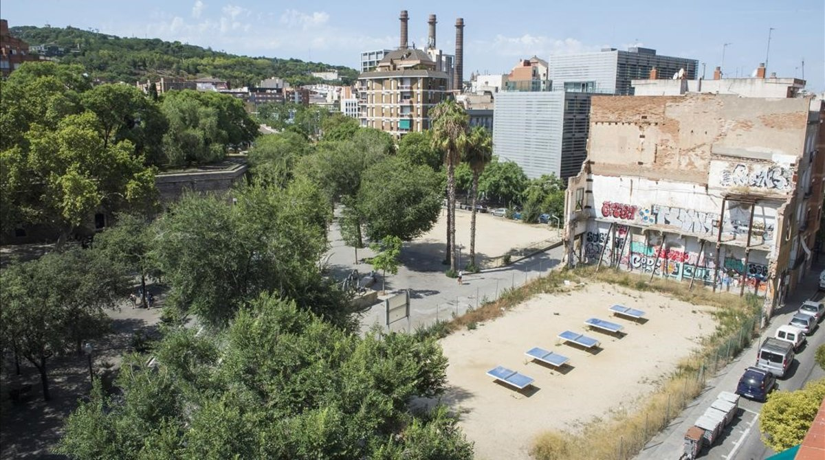 Arxivada la 'querella catalana' contra Janet Sanz per l'hotel de Drassanes