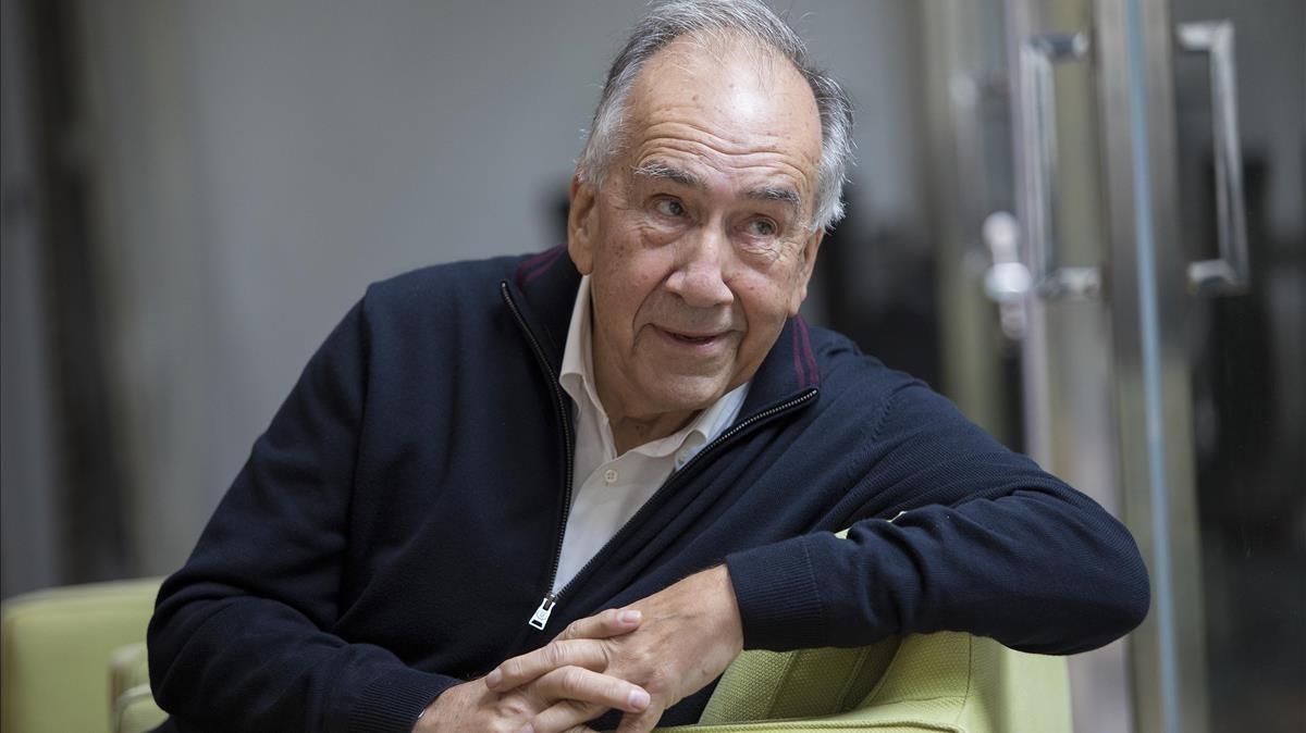 """Joan Margarit: """"Els nostres polítics ens estan destrossant la vida"""""""