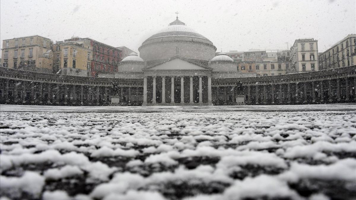 La 'bèstia de l'Est' escombra Europa, en imatges