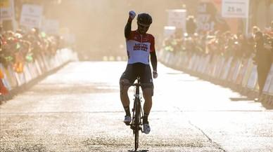Épica victoria del belga De Gendt en la Volta