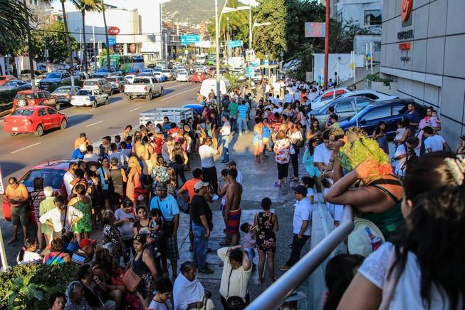 México sufre un nuevo terremoto seguido de 225 réplicas