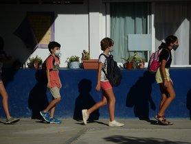 La mascareta serà obligatòria a classe a Catalunya a partir dels 6 anys
