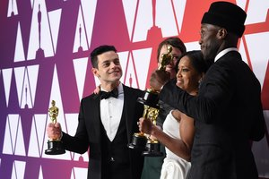 Best Actor Rami Malek Best Actress Olivia Colman Best supporting actress Regina King and Best supporting actor Mahershala Ali pose in the press room with their Oscars during the 91st Annual Academy Awards at the Dolby Theater in Hollywood California on February 24 2019 Photo by Robyn BECK AFP