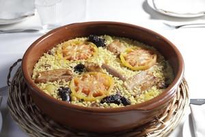 Arroz al horno con costilla, patatas y morcilla de Adrián Marín (restaurante Mextizo).