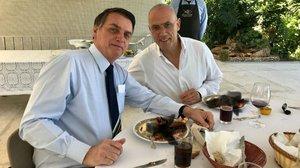 La llagosta 'censurada' que deixa al descobert l'ambaixador d'Israel al Brasil