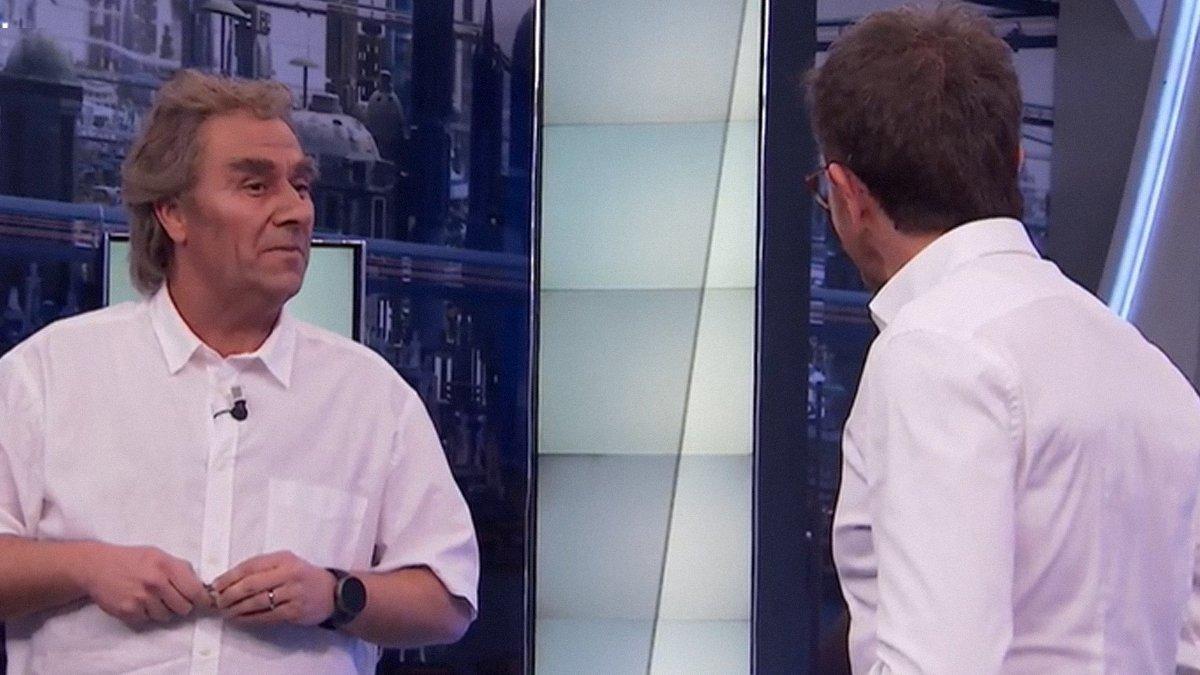 """Carlos Latre imita a Fernando Simón en 'El hormiguero' de Pablo Motos: """"Tú eres el de los chistecitos"""""""