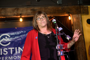 Christine Hallquist, tras conocer su victoria, en Burlington (Vermont).
