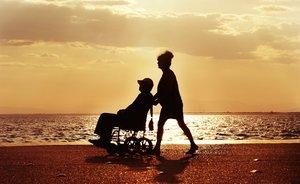 Las horas dedicadas por cuidadores no profesionales ascienden a más de 4.000 millones al año.