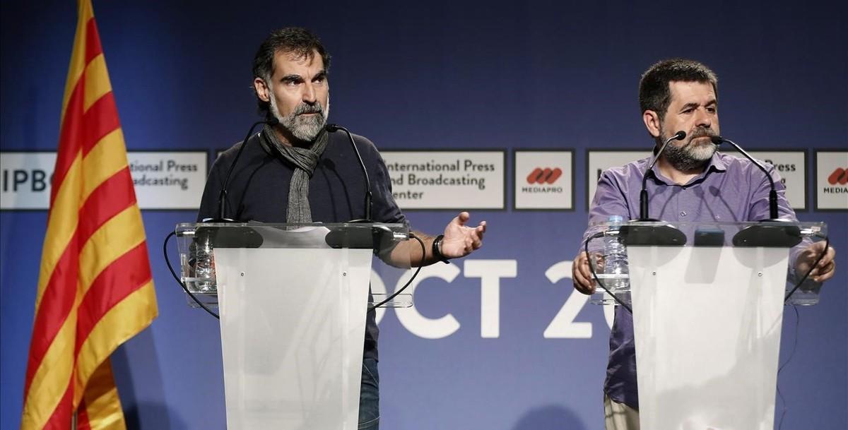 Cuixart y Sànchez, durante la rueda de prensa celebrada en el IPBC.