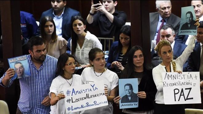 El Congreso de Venezuela aprueba una ley de amnistía a los disidentes