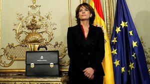 Dolores Delgado, el lunes, antes de traspasar su carpeta de Justicia al nuevo ministro Juan Carlos Campo.