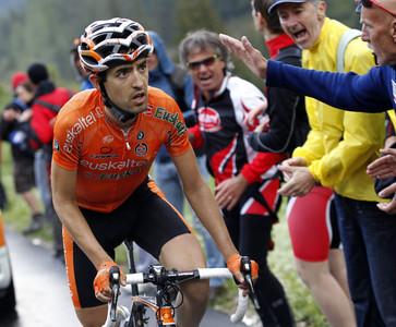 El español Mikel Nieve Ituralde, durante una etapa del Giro.