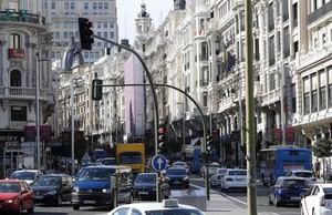 Imagen de la calle Gran Via de Madrid que serácerrada al tráfico.