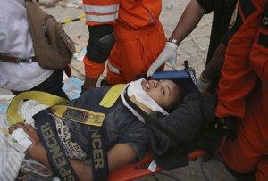 Los médicos y enfermeras australianos levantarán hospitales temporales para atender emergencias.