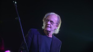 Luis Eduardo Aute, en un concierto en Madrid el pasado mayo.
