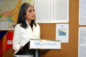 Montserrat Nebrera, durante su intervención ante la asamblea de militantes de CiU en Sant Just Desvern.
