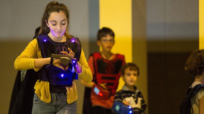 Abre en Sabadell un parque infantil donde los niños 'tienen' superpoderes
