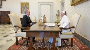 El Papa y Putin, en el Vaticano.