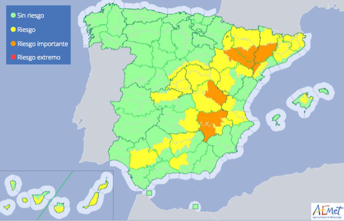 Mapa de avisos por temperaturas, según la previsión de la Aemet.