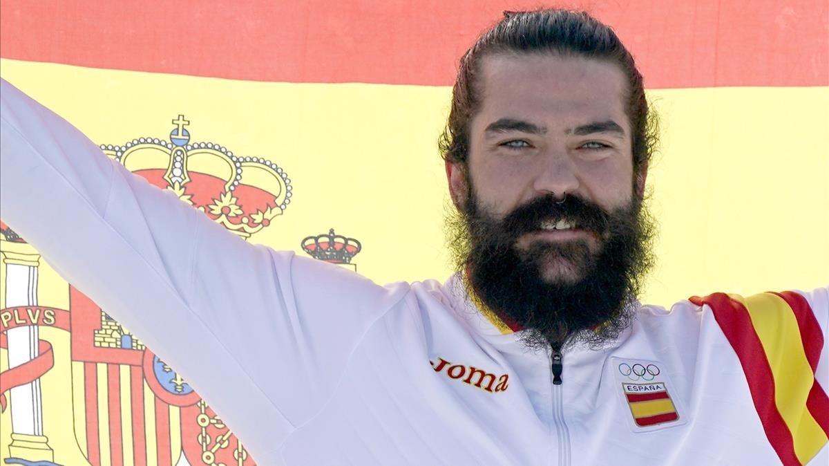 Regino Hernández celebra su bronce en Pyeongchang.