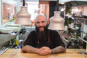 Eduardo, Luli,Marchesi, chef del restaurante Rioba.