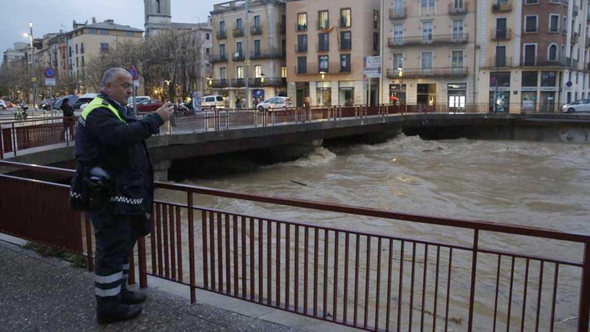 Rio Onyar a su paso por Girona